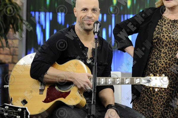 Check Out the New & Improved Chris Daughtry