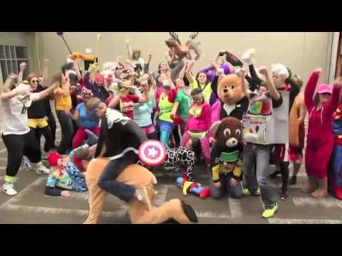 Simpson College Does the Harlem Shake