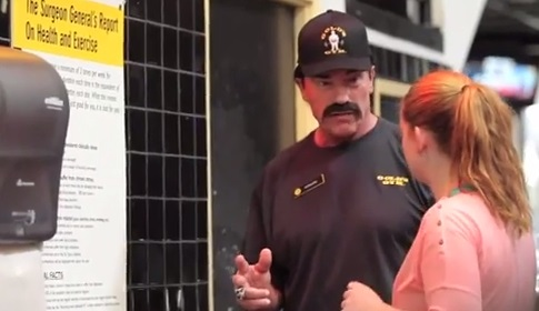 Video: Arnold Goes Undercover!
