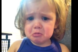 A Little Girl Gets Emotional to Her Parent's Wedding Song