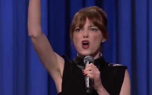 Holy Cow, Emma Stone is Good at Lip-Synching
