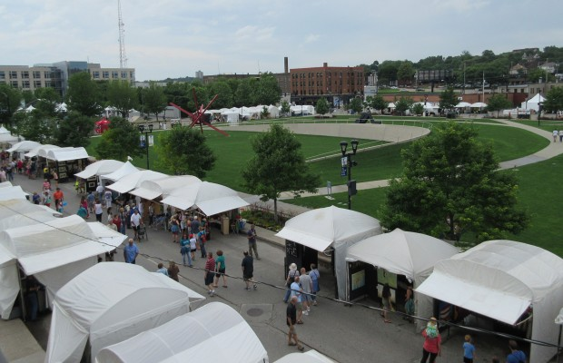 Plenty to buy, see, eat, and do at the Des Moines Arts Festival