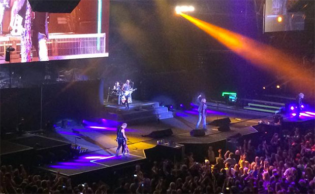 kiss and def leppard blow the roof off wells fargo arena star 102 5. Black Bedroom Furniture Sets. Home Design Ideas