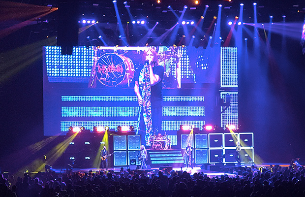 review poison knows their lane def leppard doesn t more 104 1. Black Bedroom Furniture Sets. Home Design Ideas